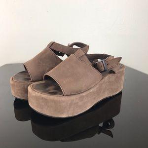 Noatak Brown Platform Sandals Size 36 (6)
